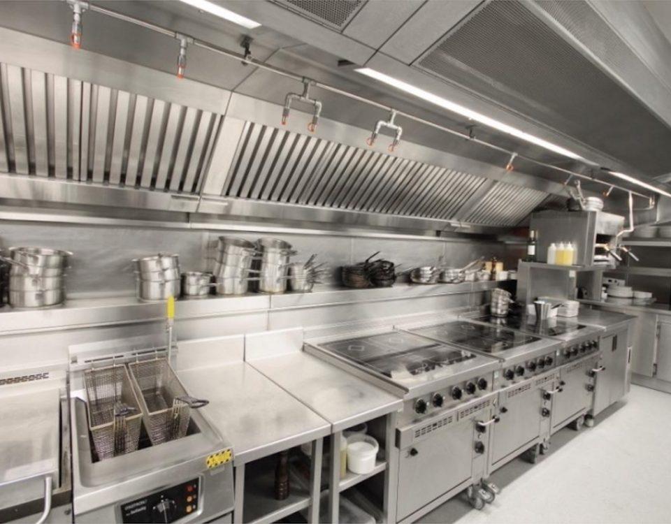 طراحی هود های تهویه صنعتی - تجاری برای آشپزخانه